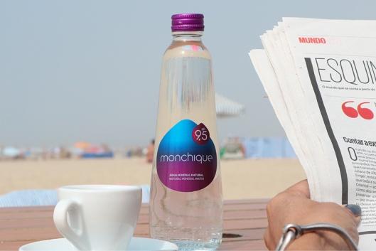 Água Monchique recupera a antiga tradição, as garrafas de vidro